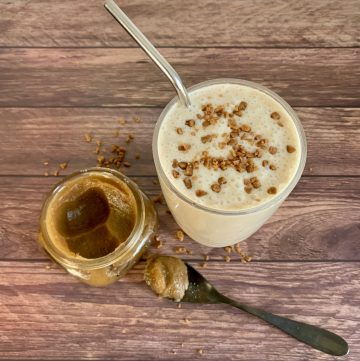 Salted caramel smoothie with date caramel
